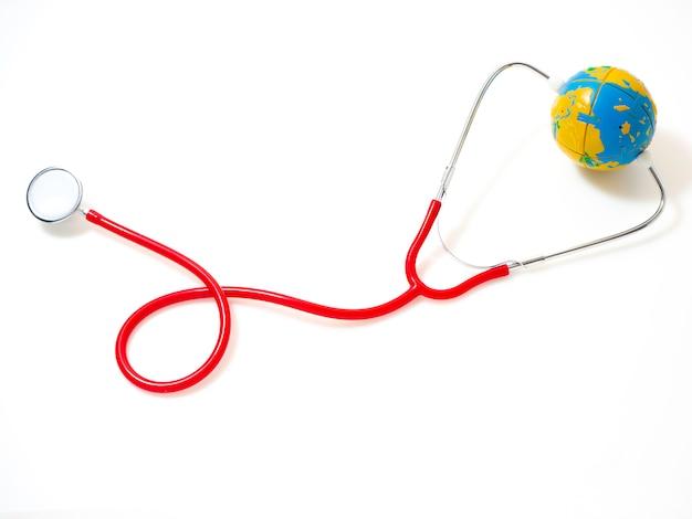 Giornata mondiale della salute di concetto, stetoscopio rosso