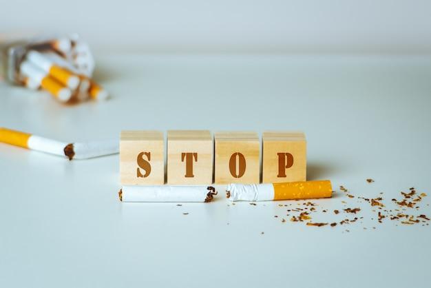 Giornata mondiale senza tabacco. 31 maggio giorno non fumatori. veleno di sigaretta