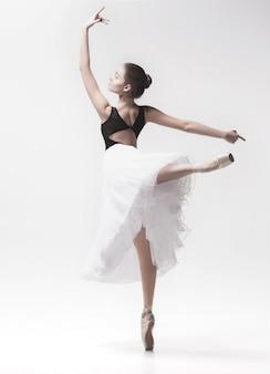 Giovane ballerina di danza classica