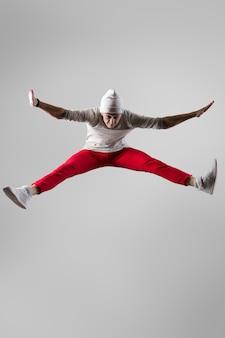 Giovane, breakdancer, saltare