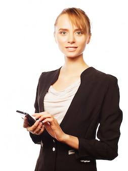 Giovane donna d'affari con il cellulare