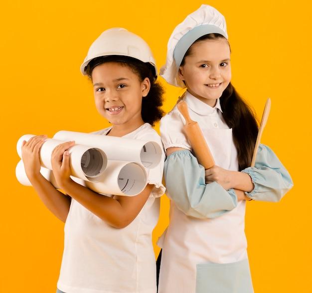 Giovane ingegnere e cuoco medio