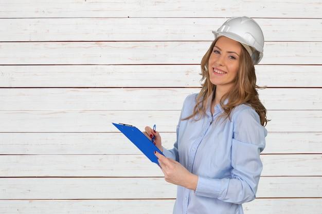 Giovane specialista di costruzioni femminili