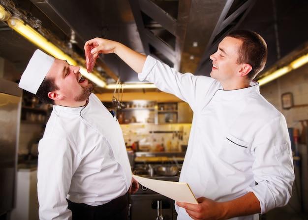 Gli chef si divertono