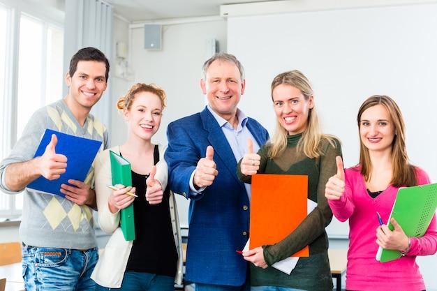Gli studenti universitari hanno superato l'esame