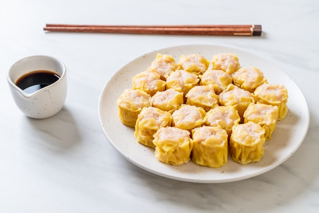 Gnocco cotto a vapore cinese del gambero