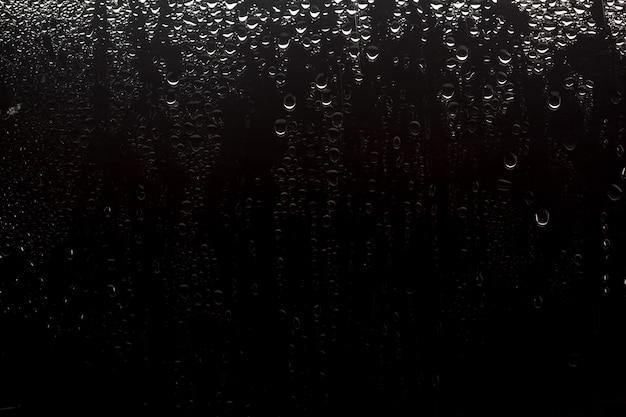 Gocce d'acqua sullo sfondo