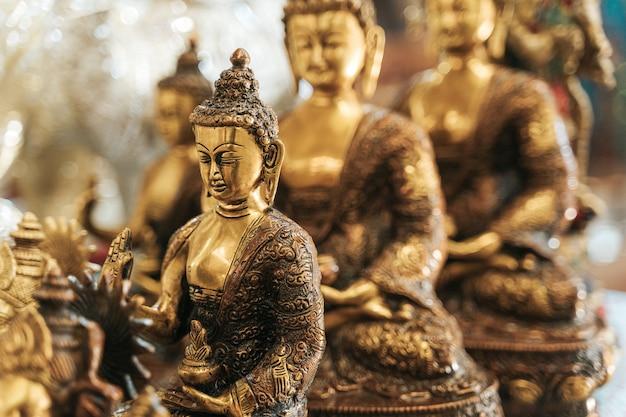 God goutama buddh. religione indiana