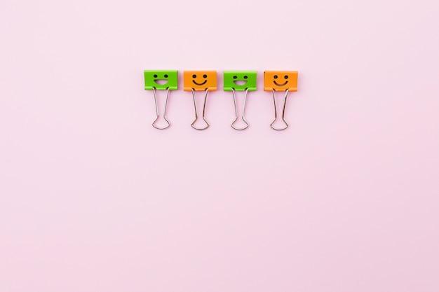 Graffette carine con faccine sorridenti