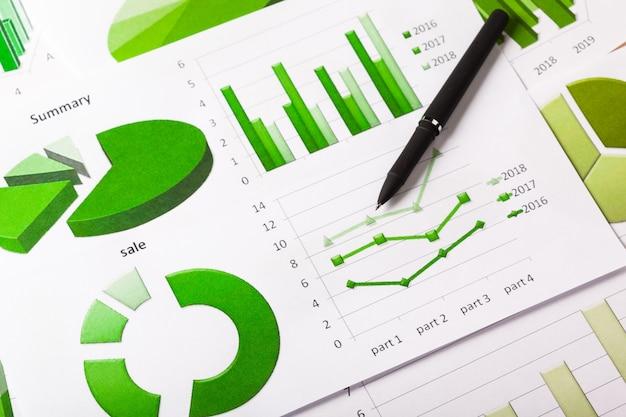 Grafici commerciali verdi