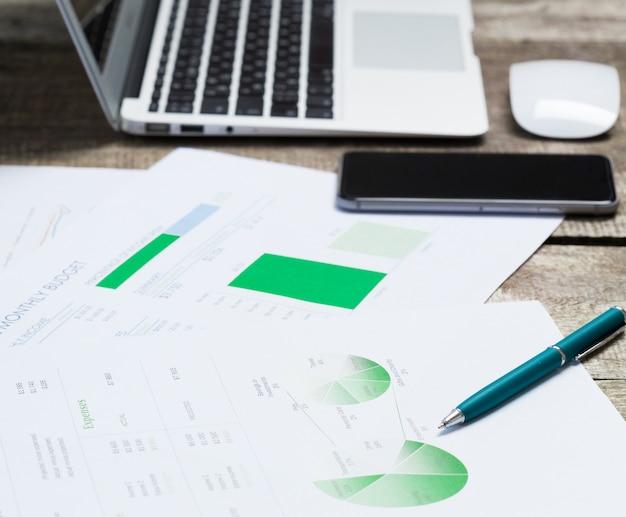 Grafico e grafico finanziario