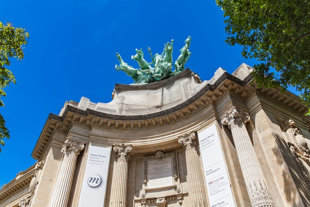 Grand palais a parigi
