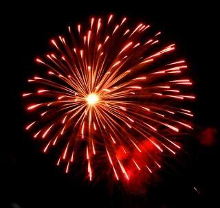 Grande coloratissimi fuochi d'artificio, feste