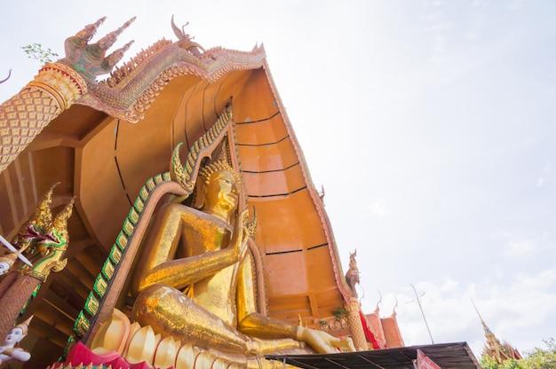 Grande immagine di buddha