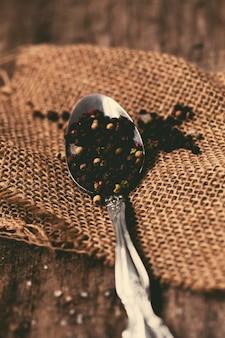 Granello di pepe nero