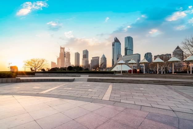 Grattacieli nel distretto finanziario di shanghai, in cina