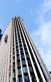 Grattacielo di torre europa tra i 10 edifici più alti di madrid, in spagna