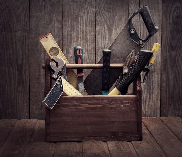 Grungy vecchi strumenti