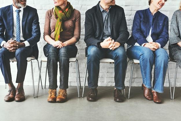 Gruppo di discussione team talking concept