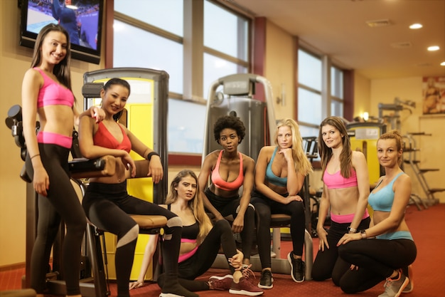 Gruppo di donne sportive