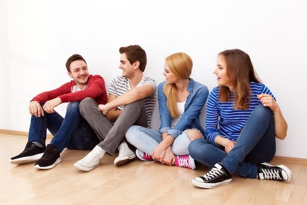 Gruppo di giovani