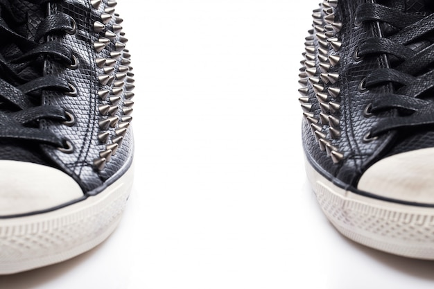 Gumshoes moda nera