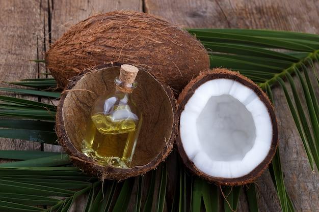 Guscio e olio di cocco