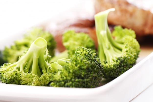 Gustosa bistecca con verdure