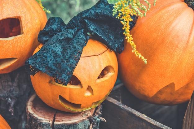 Halloween. primo piano di jack-o-lantern. zucca spaventosa