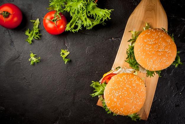 Hamburger appena fatti in casa
