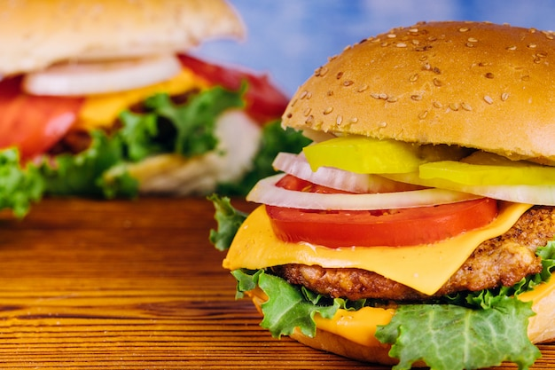 Hamburger fatto in casa avvicinamento.