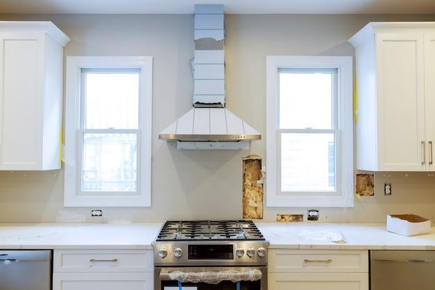 Home improvement kitchen remodel view installato in una nuova cucina