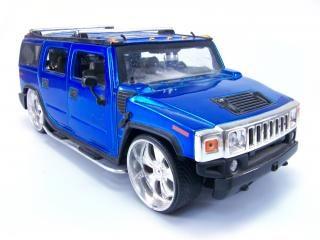 Hummer giocattolo blu, scalatore