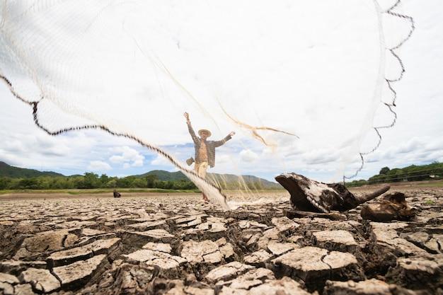 I pescatori non possono pescare a causa della siccità