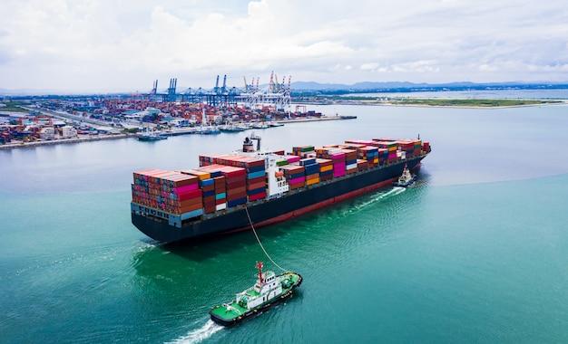 I servizi alle imprese di spedizione container merci importano ed esportano il trasporto internazionale dell'oceano