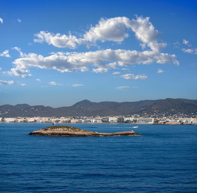Ibiza ses figueretes e la spiaggia di en bossa