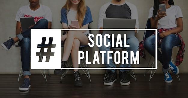 Icona di comunicazione della connessione di rete sociale