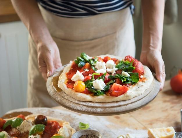 Idea di ricetta di fotografia di cibo di pizza fatta in casa