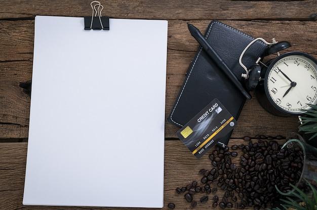 Idea imprenditoriale del documento che si trova sulla vista da tavolo