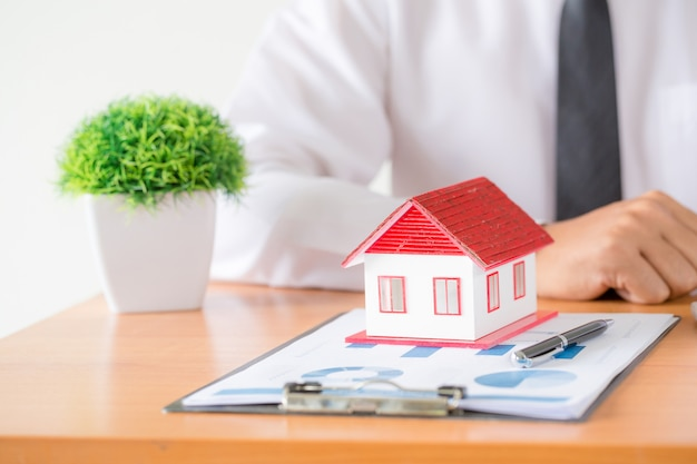 Idee per immobili, traslochi o affitto di immobili.