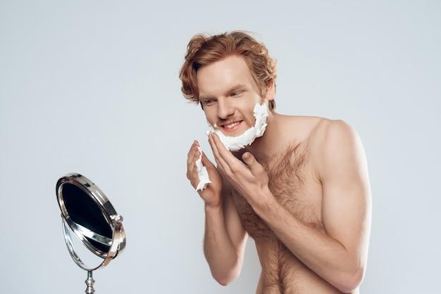 Igiene maschile. isolato