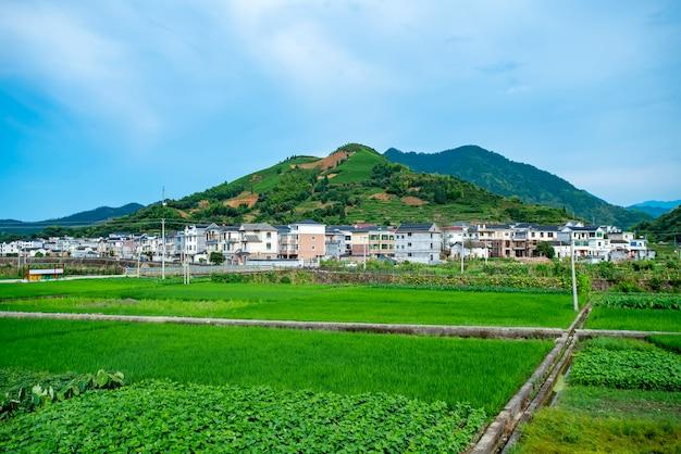 Il bellissimo paesaggio del lago qiandao a hangzhou