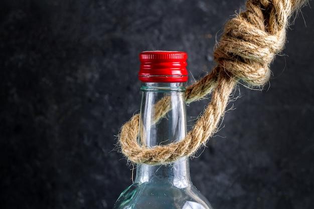 Il cattivo effetto dell'alcolismo su una persona,