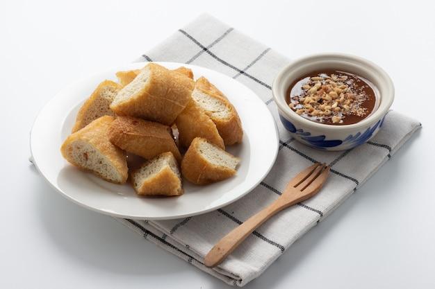 Il cibo fritto al tofu è salutare