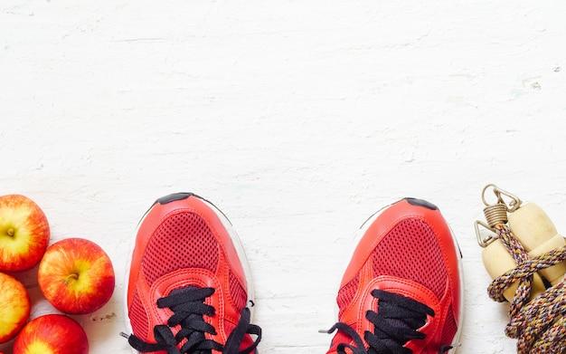 Il concetto di amore per il fitness, la salute, la dieta e lo stile di vita attivo