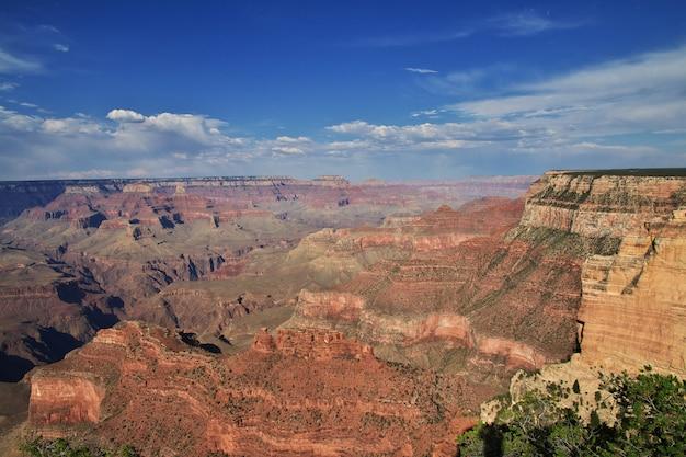 Il grand canyon in arizona, unisce gli stati