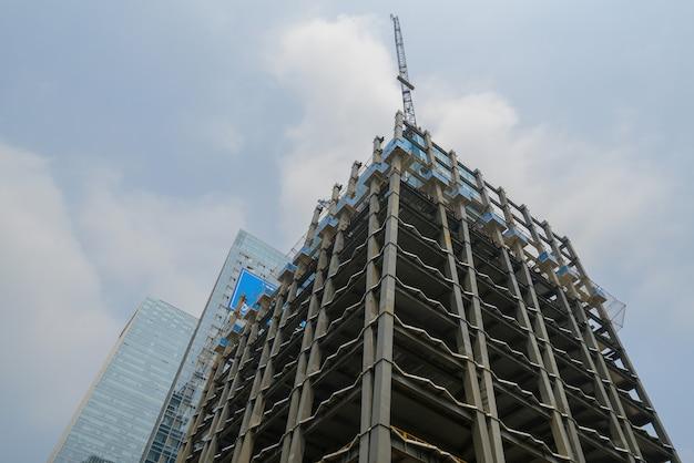 Il grattacielo è a chongqing, in cina