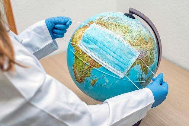 Il mondo è in uno stato di epidemia