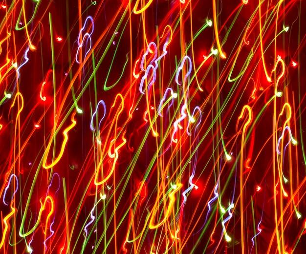 Il movimento della luce colorata sfuma il n