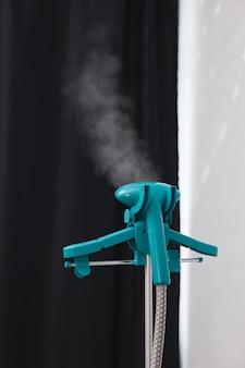 Il piroscafo emette vapore